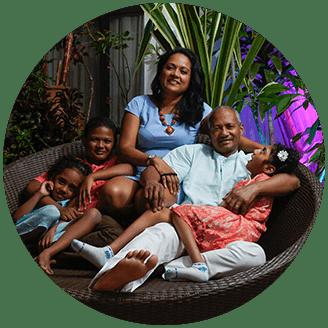 Jean Marc et Pam et leurs enfants